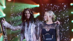 Juliette sings with Steven Tyler