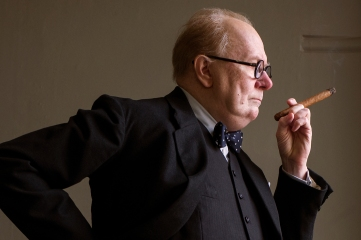 Gary Oldman stars as Winston Churchill in director Joe Wright's DARKEST HOUR, a Focus Features release.